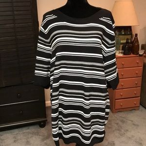 3X APT 9 sweater. NWT